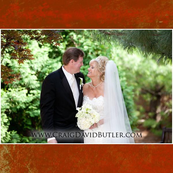 Michigan Wedding Photographers, Atrium Ballroom, St. John's Plymouth Michigan Wedding Photographers