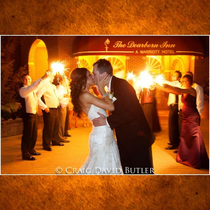 Michigan-Wedding-Photograph-DearbornInn-Petres