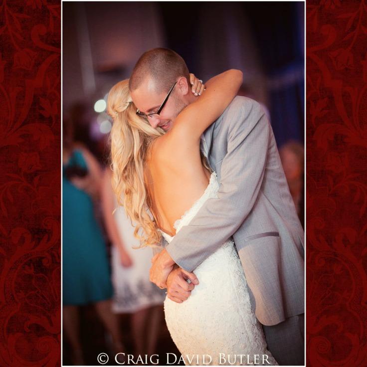 StJohns-Plymouth-MI-Wedding-Photos-1001