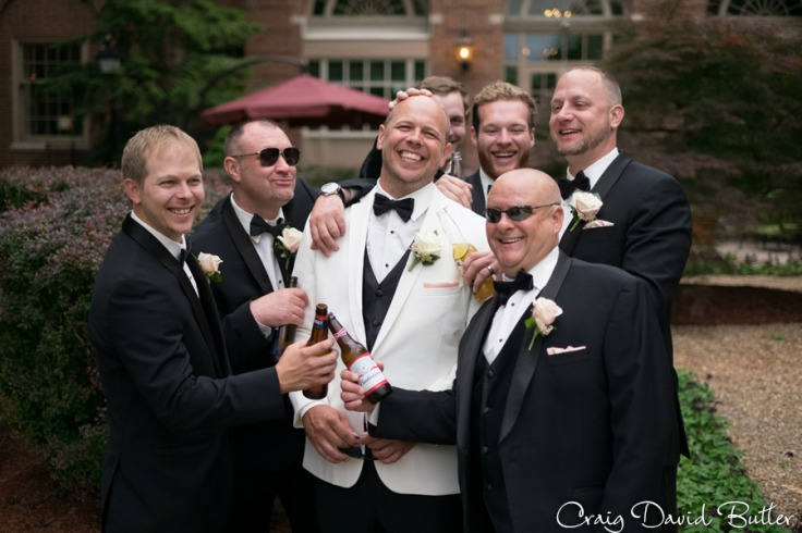 Fun photo of the groomsmen