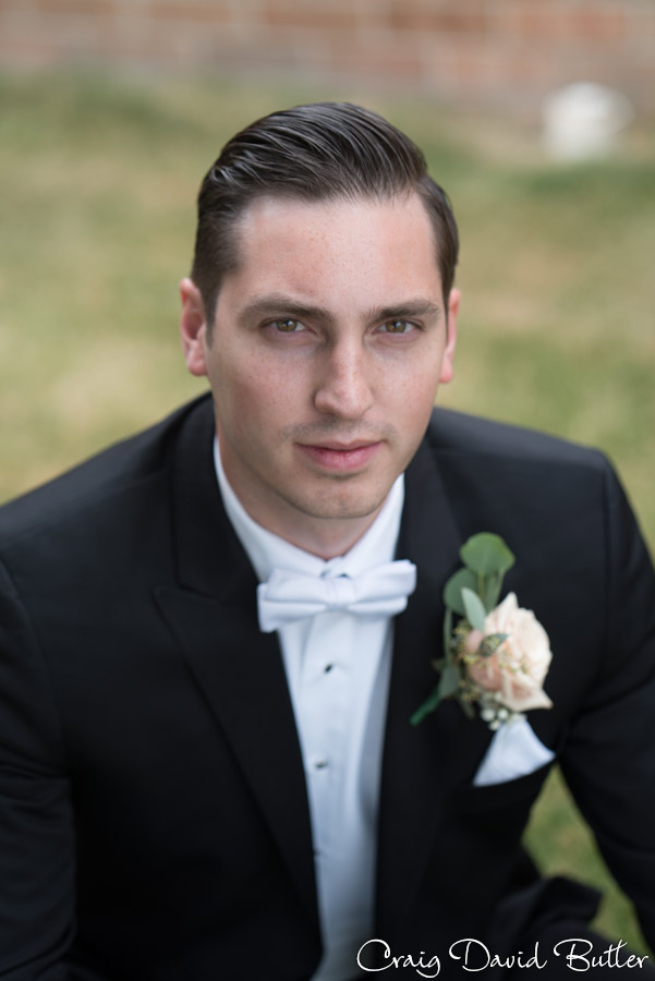 Portrait of the Groom in Canton MI