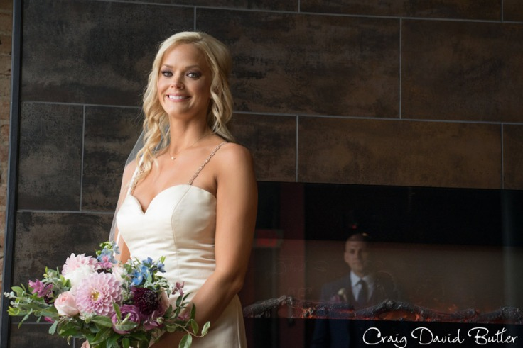 Destination-Kalamazoo-Wedding-photographer-CraigDavidButler-1035