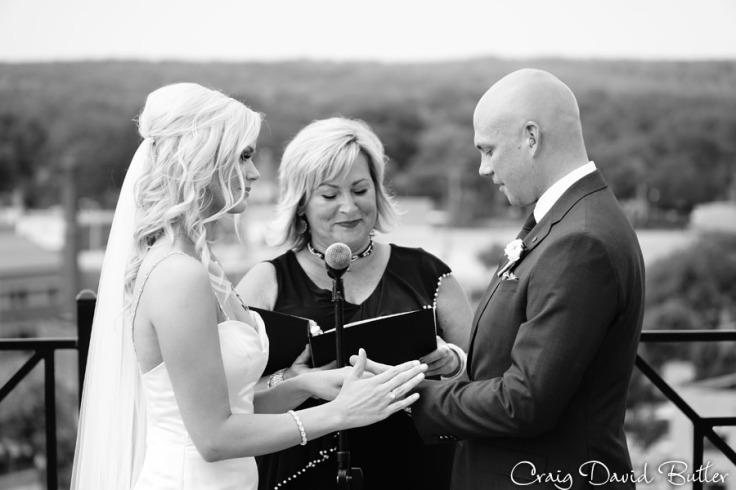 Destination-Kalamazoo-Wedding-photographer-CraigDavidButler-1039