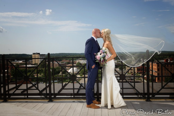 Destination-Kalamazoo-Wedding-photographer-CraigDavidButler-1046