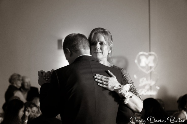 Detroit-Wedding-Photographer-CraigDavidButler.com-1057