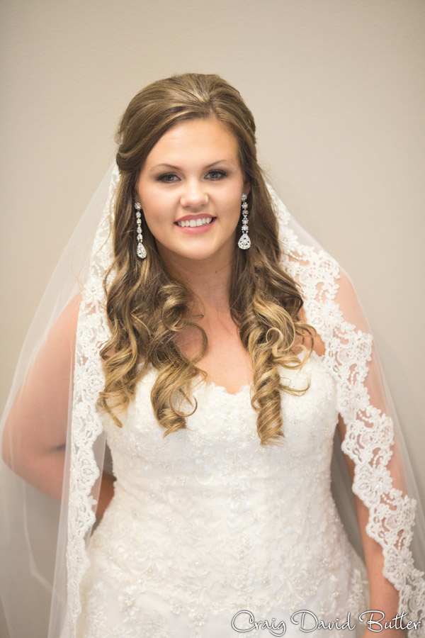 Formal Portrait of the Bride at the Diamond Center in Novi MI