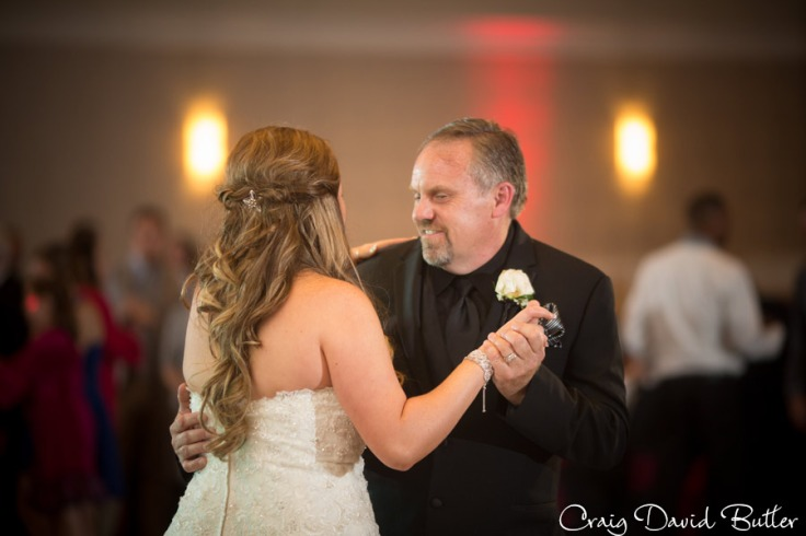 Father Daughter Dance at the wedding reception in the Diamond Center Novi MI