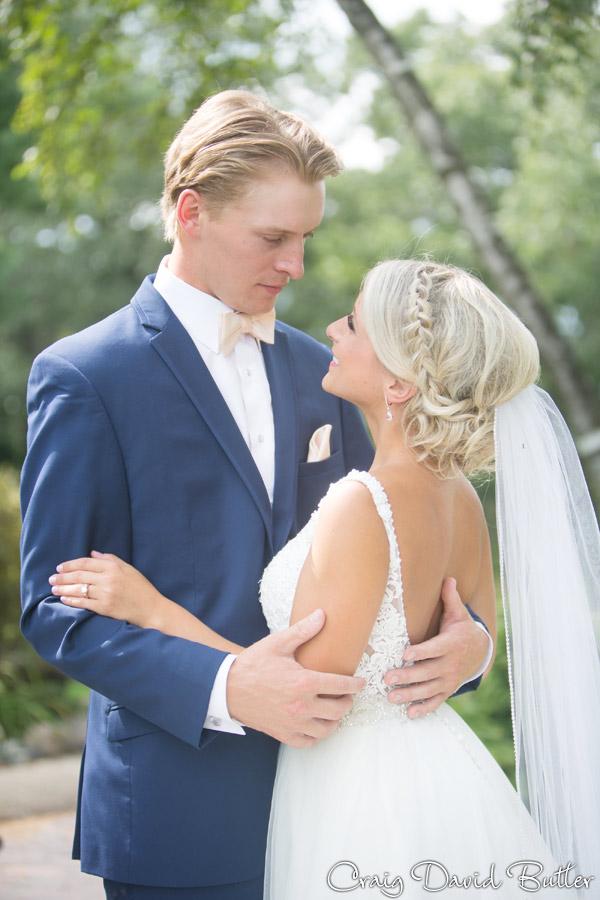 PINE-KNOB-WEDDING-PHOTOS-MI-CRAIGDAVIDBUTLER-1020