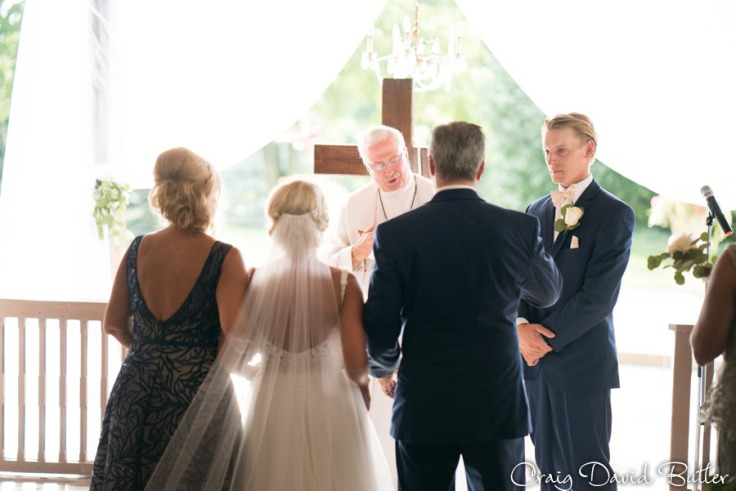 PINE-KNOB-WEDDING-PHOTOS-MI-CRAIGDAVIDBUTLER-1036