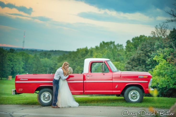PINE-KNOB-WEDDING-PHOTOS-MI-CRAIGDAVIDBUTLER-1052