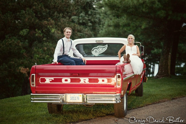 PINE-KNOB-WEDDING-PHOTOS-MI-CRAIGDAVIDBUTLER-1054