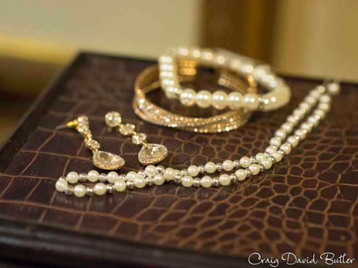 brides jewelry detail photo at the Fairlane Club