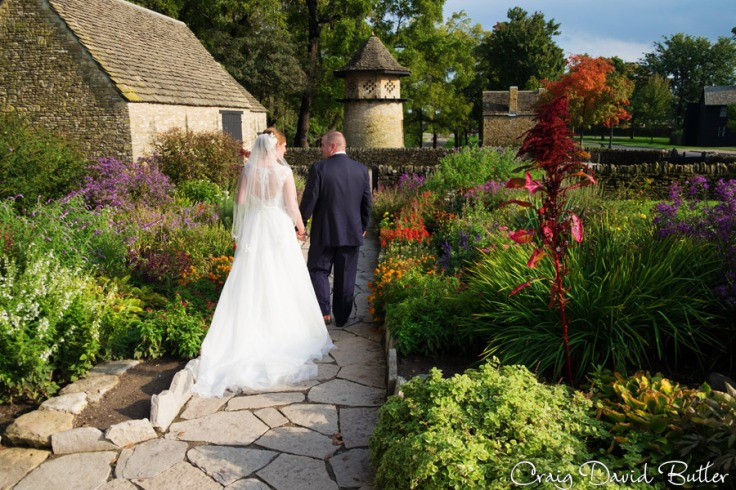Bride and Groom in the Cotswolds