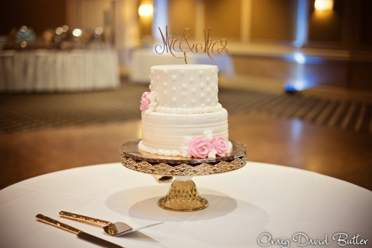 Wedding Cake detail photo at the Fairlane Club