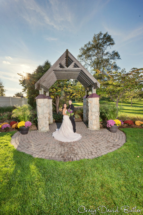 Glen-Oaks-Wedding-Photos-FarmingtonMI-CraigDavidButler-3043