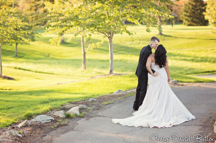 Glen-Oaks-Wedding-Photos-FarmingtonMI-CraigDavidButler-3046