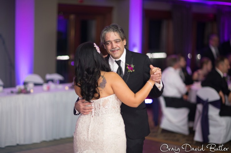 Glen-Oaks-Wedding-Photos-FarmingtonMI-CraigDavidButler-3055