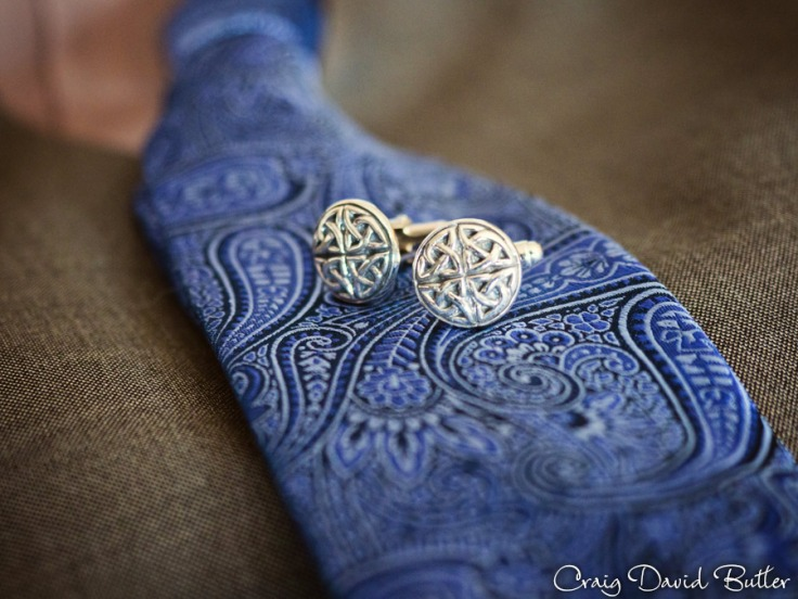 Groom's Cufflinks and tie at the Baronette in Novi