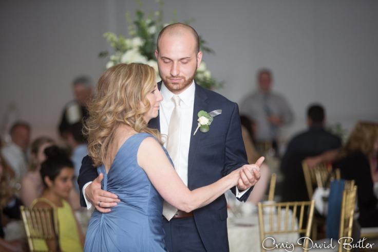 St_Johns_Macedonian_SterlingHeights_Wedding-CDBStudios-2091