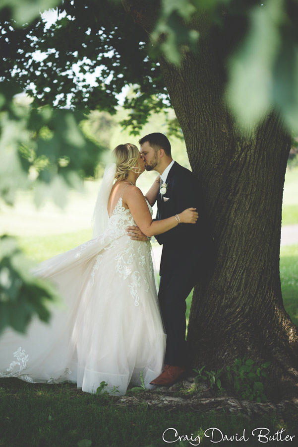 Bay_Pointe_MI_Wedding_photos_CDBStudios-4023