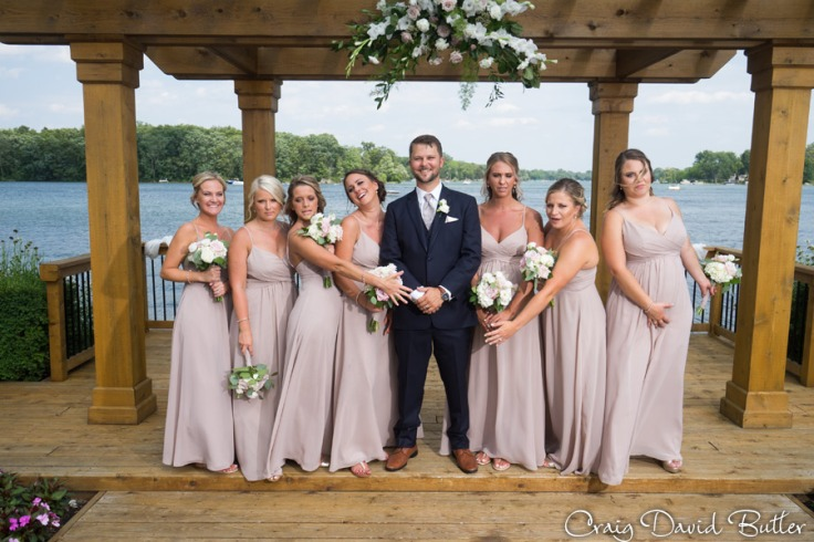Bay_Pointe_MI_Wedding_photos_CDBStudios-4030