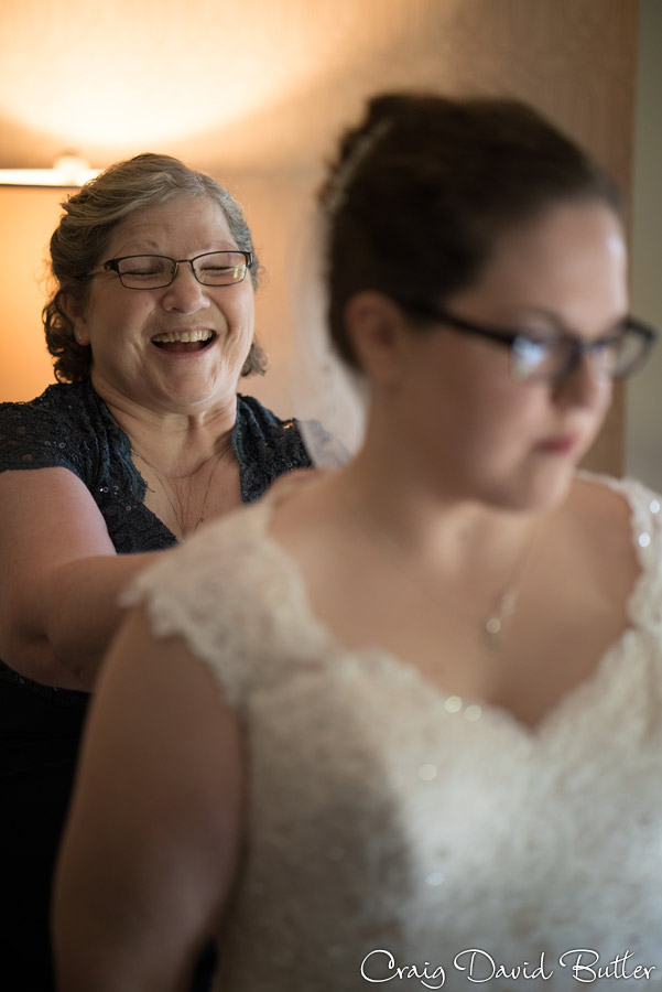 StJohns-PlymouthMI-Wedding-photos-Video-CDBStudios1079