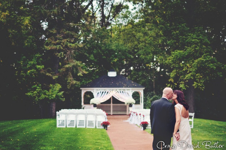 FarmingtonMI_Wedding_photos_LongAcreHouse_CDBStudios1017