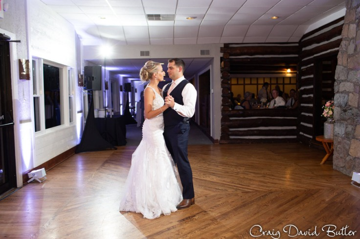 FoxHills_PlymouthMI_WeddingPhotos-CDBStudios-2046