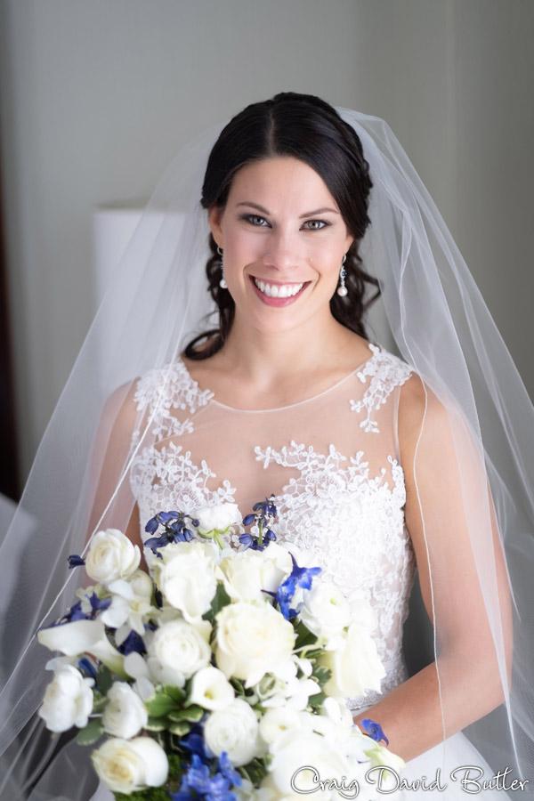 Wedding_StHugo_Ceremony_MasonicTempleDetroit_Reception_CDBStudios2015