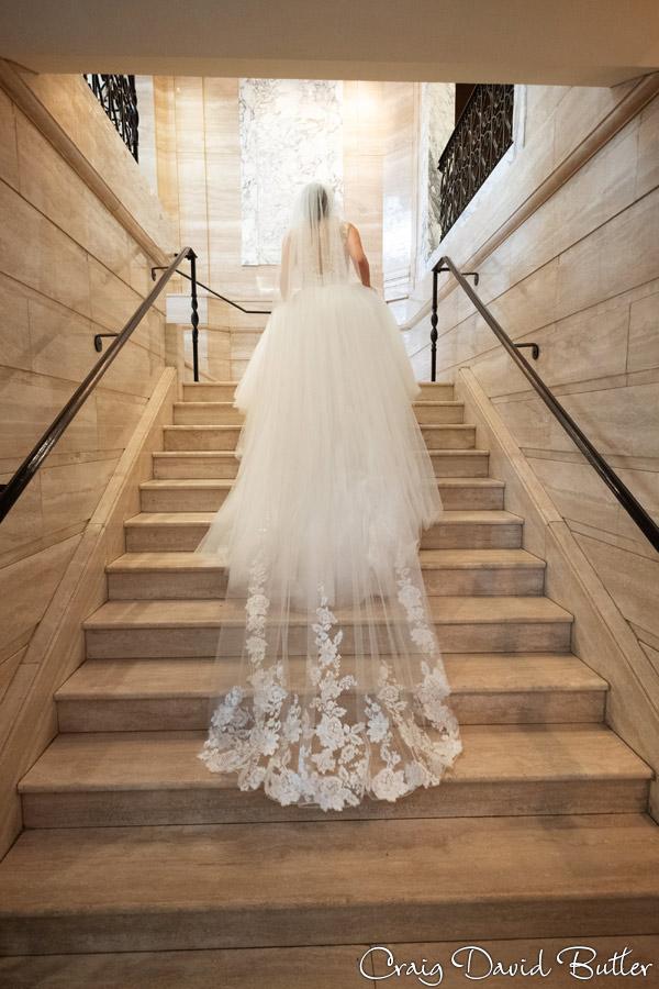 Wedding_StHugo_Ceremony_MasonicTempleDetroit_Reception_CDBStudios2019