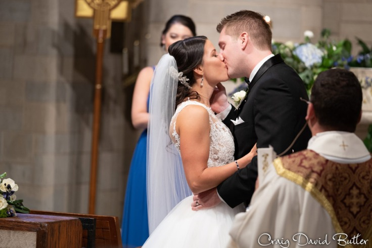 Wedding_StHugo_Ceremony_MasonicTempleDetroit_Reception_CDBStudios2027