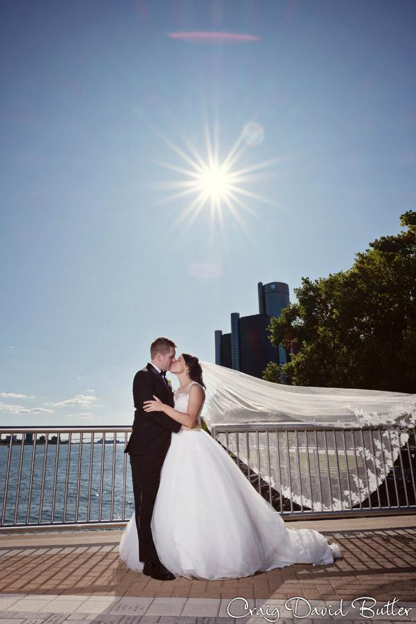 Wedding_StHugo_Ceremony_MasonicTempleDetroit_Reception_CDBStudios2035
