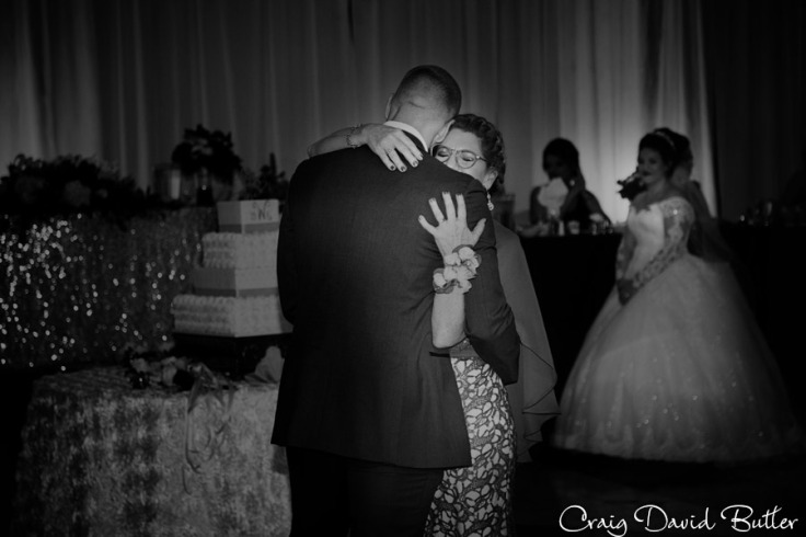 Laurel_Manor_Livonia_Plymouth_Wedding_CDBStudios-1048