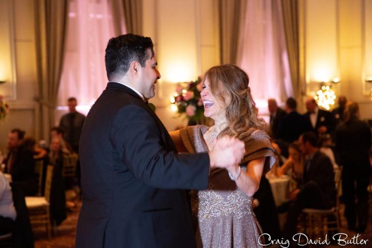 St_Johns_plymouthMI_Wedding_photos_CDBStudios-3039
