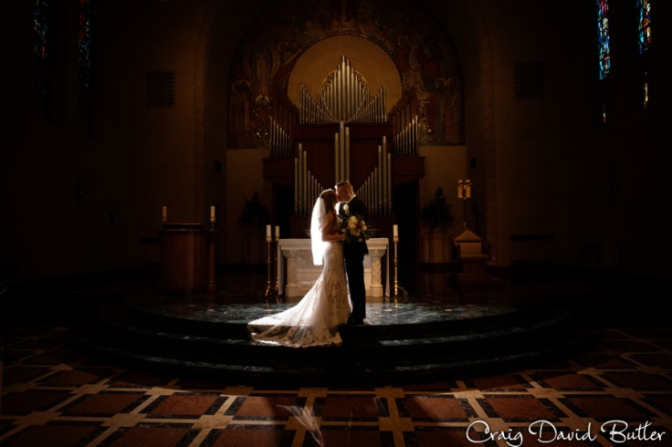 StJohnsPlymouthMI_WeddingPhotos_-3048