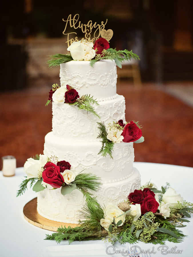 StJohnsPlymouthMI_WeddingPhotos_-3049