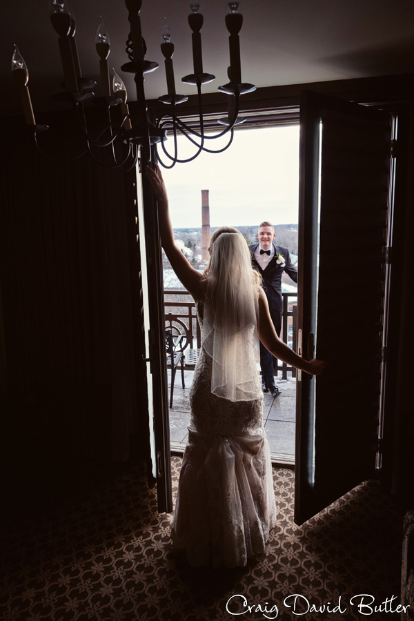 StJohnsPlymouthMI_WeddingPhotos_-3057